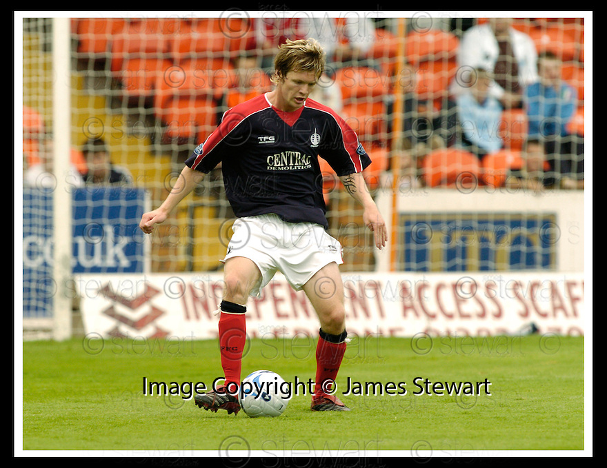 22/08/2006        Copyright Pic: James Stewart.File Name : sct_jspa03_darren_barr.FALKIRK FC :.DARREN BARR.Payments to :.James Stewart Photo Agency 19 Carronlea Drive, Falkirk. FK2 8DN      Vat Reg No. 607 6932 25.Office     : +44 (0)1324 570906     .Mobile   : +44 (0)7721 416997.Fax         : +44 (0)1324 570906.E-mail  :  jim@jspa.co.uk.If you require further information then contact Jim Stewart on any of the numbers above.........