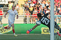 Rancagua, Chile - Wednesday, January 28, 2015: The USMNT take the lead at half time 2-1 over Chile during an international friendly at Estadio El Teniente.