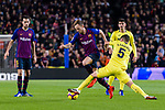 Ivan Rakitic of FC Barcelona (C) in action against Santiago Caseres of Villarreal (R) during the La Liga 2018-19 match between FC Barcelona and Villarreal at Camp Nou on 02 December 2018 in Barcelona, Spain. Photo by Vicens Gimenez / Power Sport Images