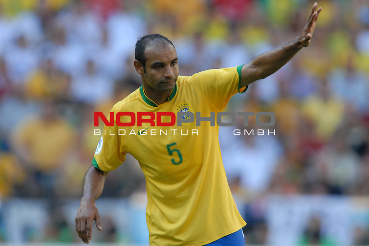 FIFA WM 2006 -  Gruppe F Vorrunde ( Group F )<br /> Play    #27 (18-Jun) - Brazil vs Australia<br /> <br /> Emerson (BRA)<br /> <br /> Foto &copy; nordphoto