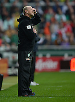 FUSSBALL   1. BUNDESLIGA   SAISON 2012/2013    33. SPIELTAG SV Werder Bremen - Eintracht Frankfurt                   11.05.2013 Trainer Thomas Schaaf (SV Werder Bremen) an der Seitenlinie