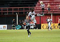 GUARULHOS, SP, 08 JANEIRO 2011 - COPA SAO PAULO DE FUTEBOL JUNIOR 2012 - <br /> Lance da partida entre as equipes do Figueirense -SC x Ponte Preta realizada no Est&aacute;dio Municipal Ant&ocirc;nio Soares de Oliveira Guarulhos (SP), v&aacute;lida pela 2&ordf; Rodada do Grupo X da Copa S&atilde;o Paulo de Futebol Junior 2012, neste domingo (08). (FOTO: ALE VIANNA - NEWS FREE).