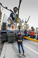 """Europe, Italy, Tuscany, Viareggio, Alessandro Avanzini, ready to start the parade with his  cart """"Aspettando Godot"""""""