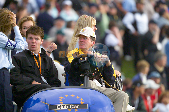 Ryder Cup 206 K Club, Straffin, Ireland...European Ryder Cup Vice Captain Des Smyth (R) with his son and Wife Vickey following the  morning fourballs session of the second day of the 2006 Ryder Cup at the K Club in Straffan, Co Kildare, in the Republic of Ireland, 23 September 2006...Photo: Eoin Clarke/ Newsfile.<br />