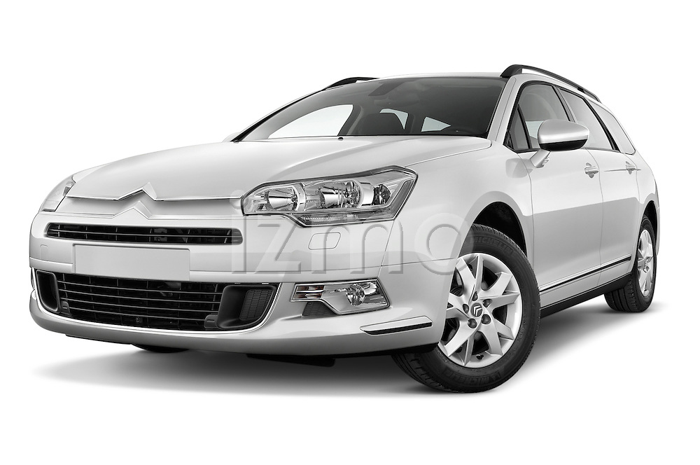 Low aggressive front three quarter view of a 2010 Citroen C5 Dynamique 5 Door Wagon 2WD