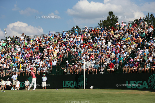 Martin Kaymer (GER),<br /> JUNE 14, 2014 - Golf :<br /> Martin Kaymer of Germany tees off on the 13th hole during the third round of the 114th U.S. Open Championship at Pinehurst Resort Country Club No.2 Course in Pinehurst, North Carolina, United States. (Photo by Koji Aoki/AFLO SPORT) [0008]