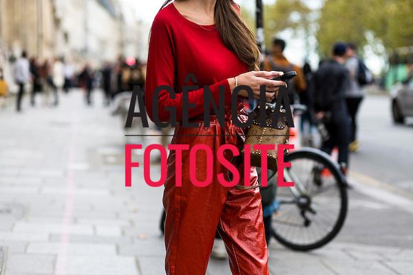 Street Style<br /> <br /> Paris  Verao 2017<br /> <br /> Setembro 2016<br /> <br /> FOTOSITE