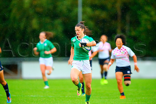 23.08.2015. Dublin, Ireland. Women's Sevens Series Qualifier 2015. Japan versus Ireland<br /> Amee-Leigh Crowe (Ireland) makes a break through to score.