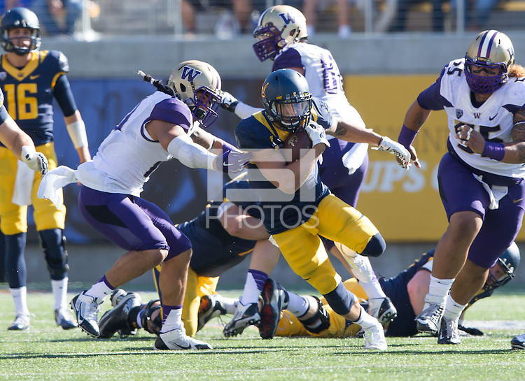 Berkeley, California - Saturday, October 11, 2014: Washington defeated California 31 - 7 during NCAA football action on Kabam Field at Memorial Stadium.