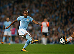 Fernandinho of Manchester City takes a shot during the Champions League Group F match at the Emirates Stadium, Manchester. Picture date: September 26th 2017. Picture credit should read: Andrew Yates/Sportimage