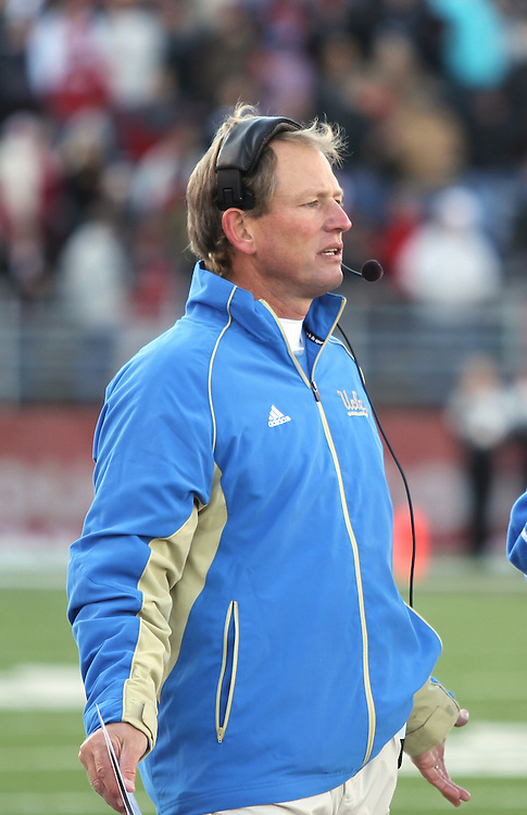 Rick Neuheisel - UCLA at Washington State, 11-14-09