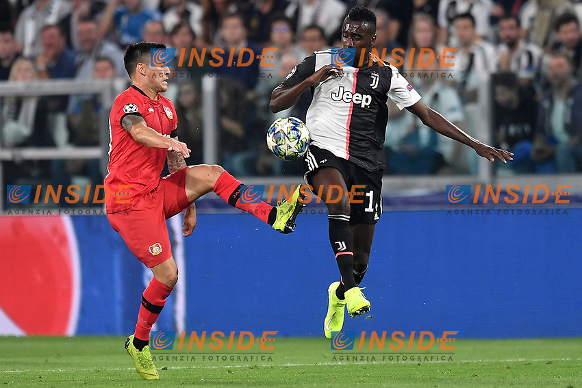 Charles Aranguiz of Leverkusen , Blaise Matuidi of Juventus <br /> Torino 01/10/2019 Juventus Stadium <br /> Football Champions League 2019//2020 <br /> Group Stage Group D <br /> Juventus - Leverkusen <br /> Photo Andrea Staccioli / Insidefoto