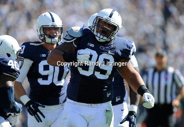 10 October 2015:  The Penn State Nittany Lions defeated the Indiana Hoosiers 29-7 at Beaver Stadium in State College, PA. (Photo by Randy Litzinger/Icon Sportswire)