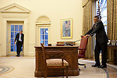 United States President Barack Obama talks with President Luiz Inacio Lula da Silva of Brazil to discuss response to the earthquake crisis in Haiti, as NSC Chief of Staff Denis McDonough listens, in the Oval Office, January 13, 2010. .Mandatory Credit: Pete Souza - White House via CNP
