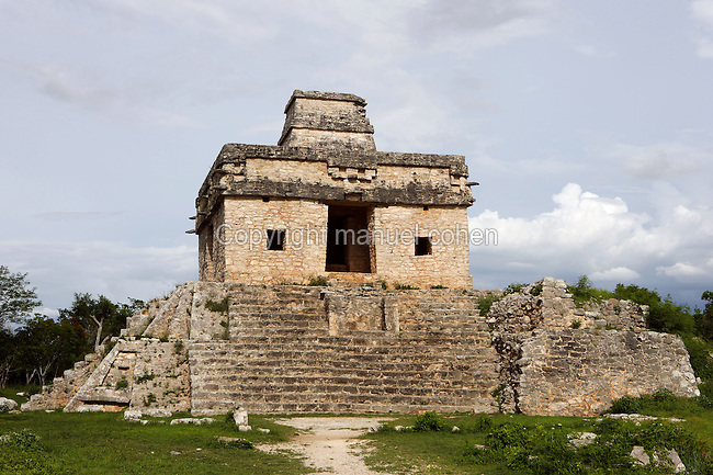 Temple of 7 Dolls with 4 staircases orientated to the cardinal points and topped with central tower for celestial observations, Doorway on each side of the structure and windows on each side of the east and west entrances, 5th-8th century, Dzibilchaltun, Yucatan, Mexico. Picture by Manuel Cohen