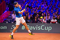 Le joueur de tennis français Lucas Pouille opposé au joueur Croate Marin Cilic lors de la  Finale de la Coupe Davis France vs Croatie, au Stade Pierre Mauroy à Villeneuve d'Ascq .<br /> France, Villeneuve d'Ascq , 25 novembre 2018.<br /> French tennis player Lucas Pouille vs Croatian tennis players Marin Cilic during the final of the Davis Cup, at the Pierre Mauroy stadium in Villeneuve d'Ascq .<br /> France, Villeneuve d'Ascq , 25 November 2018