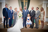 6-Jordan Becca Wedding Group Family Photos Minneapolis photography