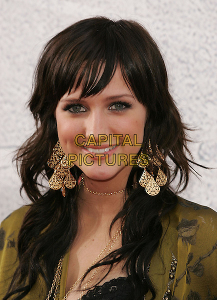 ASHLEE SIMPSON.at the 2004 MTV Movie Awards held at The Sony Picture Studios in Culver City, .California,.June 6th 2004.portrait headshot green dress big gold earings jewellry chain necklace .*UK sales only*.www.capitalpictures.com.sales@capitalpictures.com.©Capital Pictures