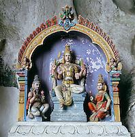 Malaysia, Kuala Lumpur: Batu Caves, Hindu shrine | Malaysia, Kuala Lumpur: Batu Caves, Hindu Schrein