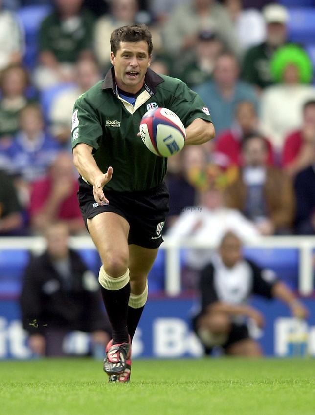 Photo. Richard Lane.London Irish v Bath Rugby. Zurich Premiership..01/09/2002.Barry Everitt..