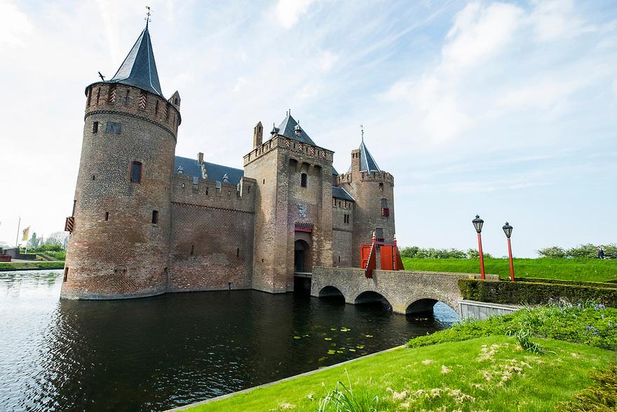 Nederland, Muiden, 20170506<br /> Muiderslot, of Amsterdam Castle, kasteel van Amsterdam. Toeristische trekpleister. <br /> <br /> Foto: (c) Michiel Wijnbergh