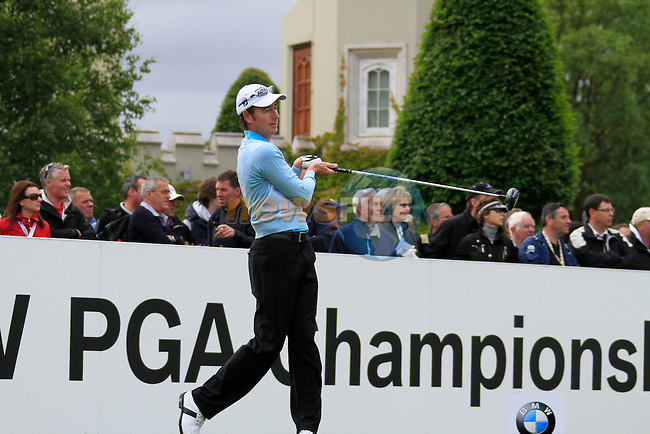 Brett Rumford (AUS) tees off on the 1st tee to start his round on Day 2 of the BMW PGA Championship Championship at, Wentworth Club, Surrey, England, 27th May 2011. (Photo Eoin Clarke/Golffile 2011)