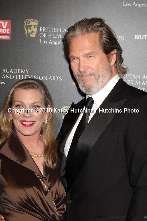 LOS ANGELES - NOV 4:  Jeff Bridges arrives at the 19th Annual BAFTA Los Angeles Britannia Awards at Hyatt Regency Century Plaza on November 4, 2010 in Century City, CA