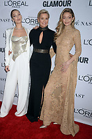 NEW YORK, NY - NOVEMBER 13: Yolanda Foster, Bella Hadid, Gigi Hadid attends the 2017 Glamour Women of The Year Awards at Kings Theatre on November 13, 2017 in New York City. <br /> <br /> <br /> People:  Yolanda Foster, Bella Hadid, Gigi Hadid<br /> <br /> Transmission Ref:  MNC1<br /> <br /> Hoo-Me.com / MediaPunch