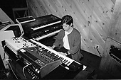 CHICK COREA, RECORDING STUDIO, 1985, NEIL ZLOZOWER