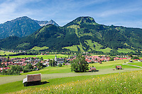 Germany, Bavaria, Swabia, Upper Allgaeu, resort Bad Hindelang and district Bad Oberdorf in Ostrach Valley with Breitenberg mountain (1.887 m) and Imberger Horn (1.656 m) | Deutschland, Bayern, Schwaben, Oberallgaeu, Bad Hindelang und Ortsteil Bad Oberdorf im Ostrachtal vorm Breitenberg (1.887 m) und Imberger Horn (1.656 m)