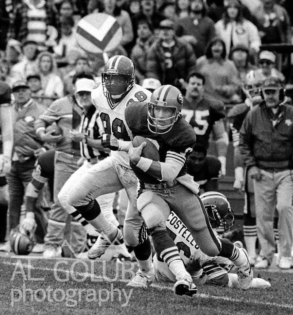 San Francisco 49ers vs Atlanta Falcons  at Candlestick Park Sunday, December 20, 1987..49ers beat Falcons 35-7.San Francisco 49ers Quarterback Steve Young (8) runs with the ball...