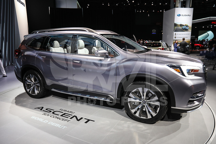 NEW YORK, EUA, 12.04.2017 - AUTOMÓVEL-NEW YORK - Subaro Ascent é visto durante o New York Internacional Auto Show no Javits Center na cidade de New York nesta quarta-feira, 12. O evento é aberto ao público do dia 14 à 23 de abril de 2017 (Foto: Vanessa Carvalho/Brazil Photo Press)