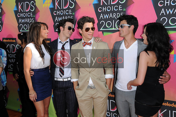 Kevin Jonas, Danielle Deleasa, Demi Lovato, Joe Jonas and Nick Jonas<br />