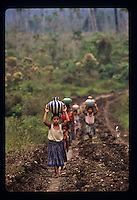 People and street scenes and everyday life in the jungle villages of Nacimiento and Petexbatun in Guatemala. Photos taken April 1989. ©Anacleto Rapping