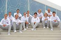 SCHAATSEN: HEERENVEEN: 10-05-2016, IJSTADION THIALF, PRESENTATIE TEAM VICTORIE, &copy;foto Martin de Jong<br /> <br /> v.l.n.r. Kars Jansman, Bart Swings, Michel Mulder, Jesper Hospes, Marije Joling, Vanessa Bittner, Desly Hill (hoofdcoach), Sjoerd de Vries, Carlijn Achtereekte,  Jelle Spruyt ass coach, Willem Hoolwerf