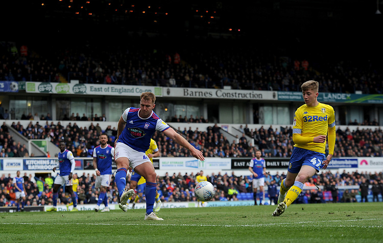 Ipswich Town's James Bree battles with Leeds United's Jack Clarke<br /> <br /> Photographer Hannah Fountain/CameraSport<br /> <br /> The EFL Sky Bet Championship - Ipswich Town v Leeds United - Sunday 5th May 2019 - Portman Road - Ipswich<br /> <br /> World Copyright © 2019 CameraSport. All rights reserved. 43 Linden Ave. Countesthorpe. Leicester. England. LE8 5PG - Tel: +44 (0) 116 277 4147 - admin@camerasport.com - www.camerasport.com