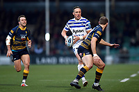 James Wilson of Bath Rugby goes on the attack. Gallagher Premiership match, between Worcester Warriors and Bath Rugby on January 5, 2019 at Sixways Stadium in Worcester, England. Photo by: Patrick Khachfe / Onside Images