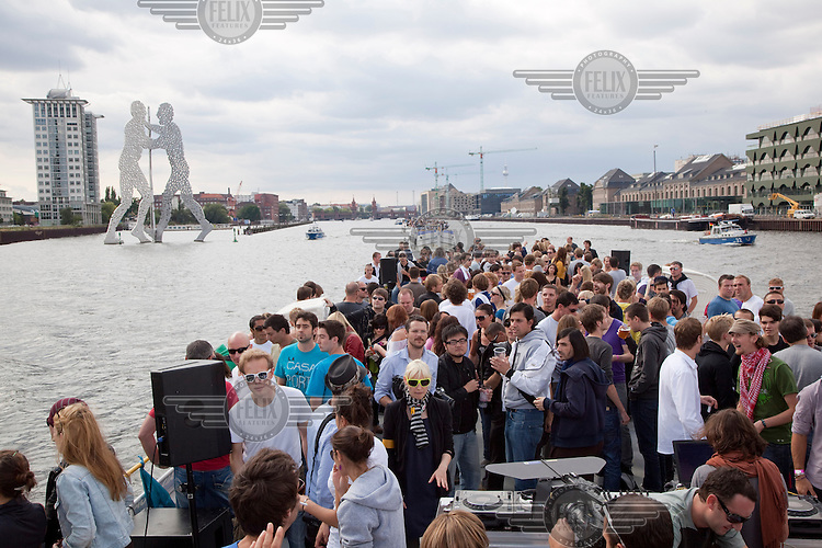 """""""Berlin Beats and Boats"""", a techno party on a series of boats that cruise down the River Spree through Berlin and the surrounding countryside, replacing the now defunct """"Love Parade"""".."""