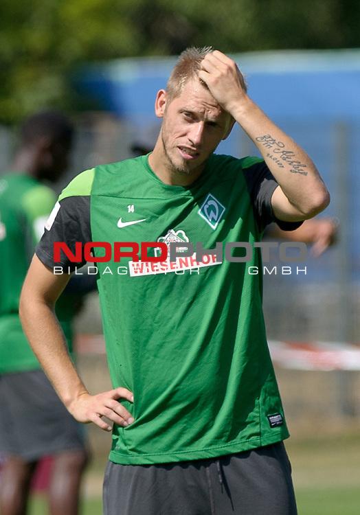 23.07.2013, Sportplatz, Blankenhain, GER, 1.FBL, Trainingslager Werder Bremen 2013, im Bild Aaron Hunt (Bremen #14)<br /> <br /> Foto &not;&copy; nph / Frisch
