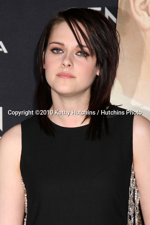"""Kristen Stewart.arriving at """"The Yellow Handkerchief"""" LA Premiere.Pacific Design Center Silver Screen Theater.Los Angeles, CA.February 18, 2010.©2010 Kathy Hutchins / Hutchins Photo...."""