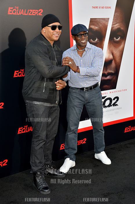LL Cool J &amp; Wesley Snipes at the premiere for &quot;The Equalizer 2&quot; at the TCL Chinese Theatre, Los Angeles, USA 17 July 2018<br /> Picture: Paul Smith/Featureflash/SilverHub 0208 004 5359 sales@silverhubmedia.com