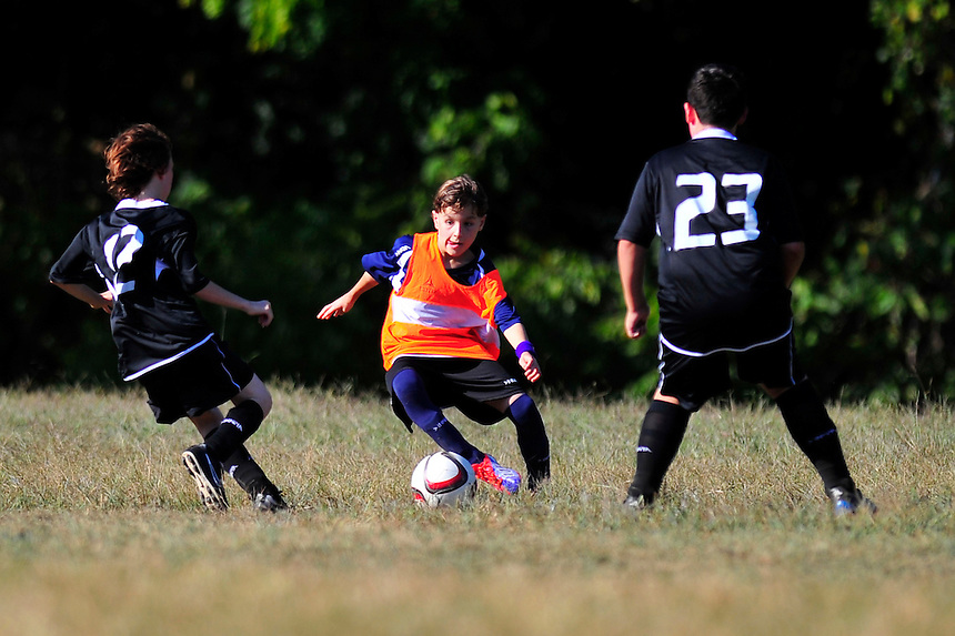 Team Somerset tie Team Black 5-5 during an MSI Soccer match at Cold Spring Elementary School in Potomac, MD on Saturday, September 19, 2015. www.alanpsantos.com