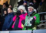 Uppsala 2013-11-13 Bandy Elitserien IK Sirius - IFK Kung&auml;lv :  <br /> Kung&auml;lv publik supporters p&aring; Studenternas IP med dragspel och megafon<br /> (Foto: Kenta J&ouml;nsson) Nyckelord:  supporter fans publik supporters