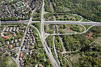 Autobahnausfahrt Billstedt:EUROPA, DEUTSCHLAND, HAMBURG, BERGEDORF 22.04.2019: Autobahnausfahrt Billstedt