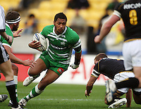 Manawatu second five Johnny Leota. Air NZ Cup - Wellington Lions v Manawatu Turbos at Westpac Stadium, Wellington, New Zealand. Saturday 3 October 2009. Photo: Dave Lintott / lintottphoto.co.nz