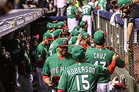 Chris Roberson y Luis Cruz de Mexico.<br /> Aspectos del partido Mexico vs Italia, durante Cl&aacute;sico Mundial de Beisbol en el Estadio de Charros de Jalisco.<br /> Guadalajara Jalisco a 9 Marzo 2017 <br /> Luis Gutierrez/NortePhoto.com
