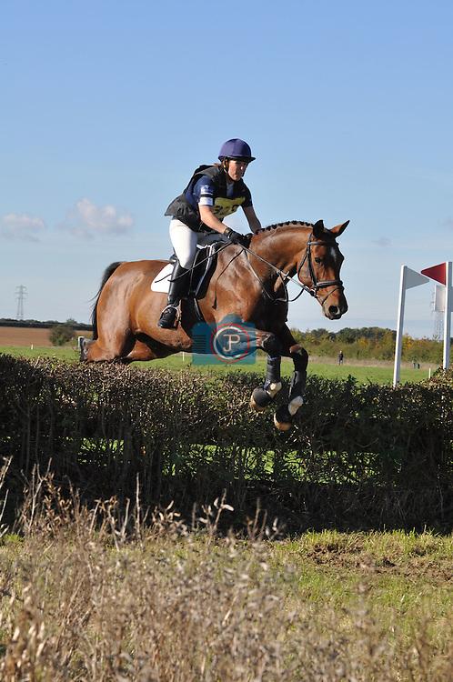 Emma Walters riding Woodcroft Frazer