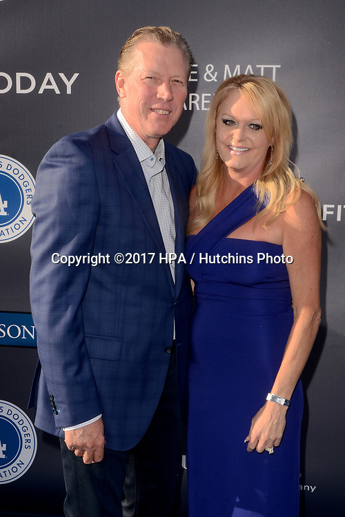 LOS ANGELES - JUN 8:  Orel Hershiser, Guest at the Los Angeles Dodgers Foundations 3rd Annual Blue Diamond Gala at the Dodger Stadium on June 8, 2017 in Los Angeles, CA