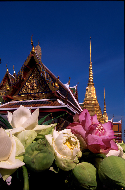 how to get to grand palace bangkok from sukhumvit