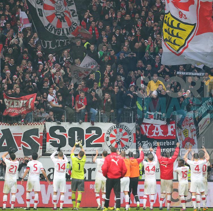 im Bild: .Die Stuttgarter werden von den mitgereisten Fans bejubelt..17.03.2013 --- Fussball --- Saison 2012 2013 --- 1. Bundesliga --- 26. Spieltag: Eintracht Frankfurt vs VfB Stuttgart